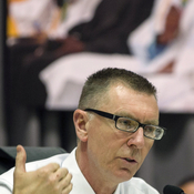 Los Angeles Unified School District Superintendent John Deasy exchanged multiple emails with executives at Pearson PLC about the potential for working together.