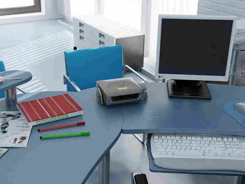 No, that's not a printer. It's a desktop microwave.