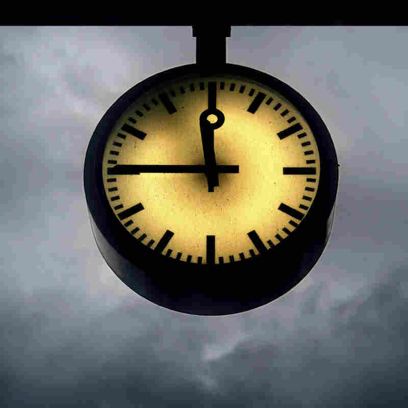 Teen Drama? Occult Thriller? Gritty War Epic? 'Bone Clocks' Is All Three