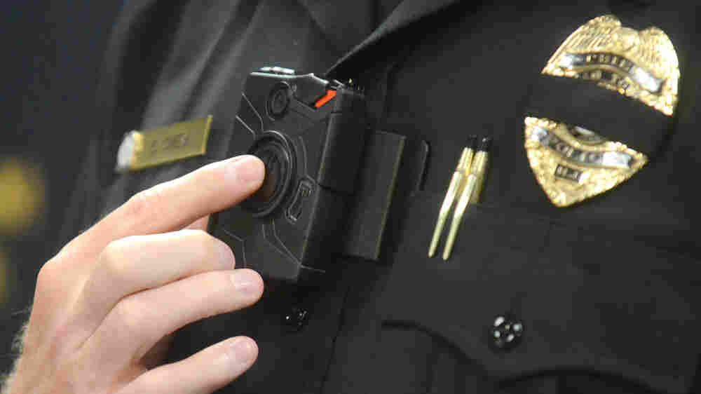 Can Body Cameras 'Civilize' Police Encounters?