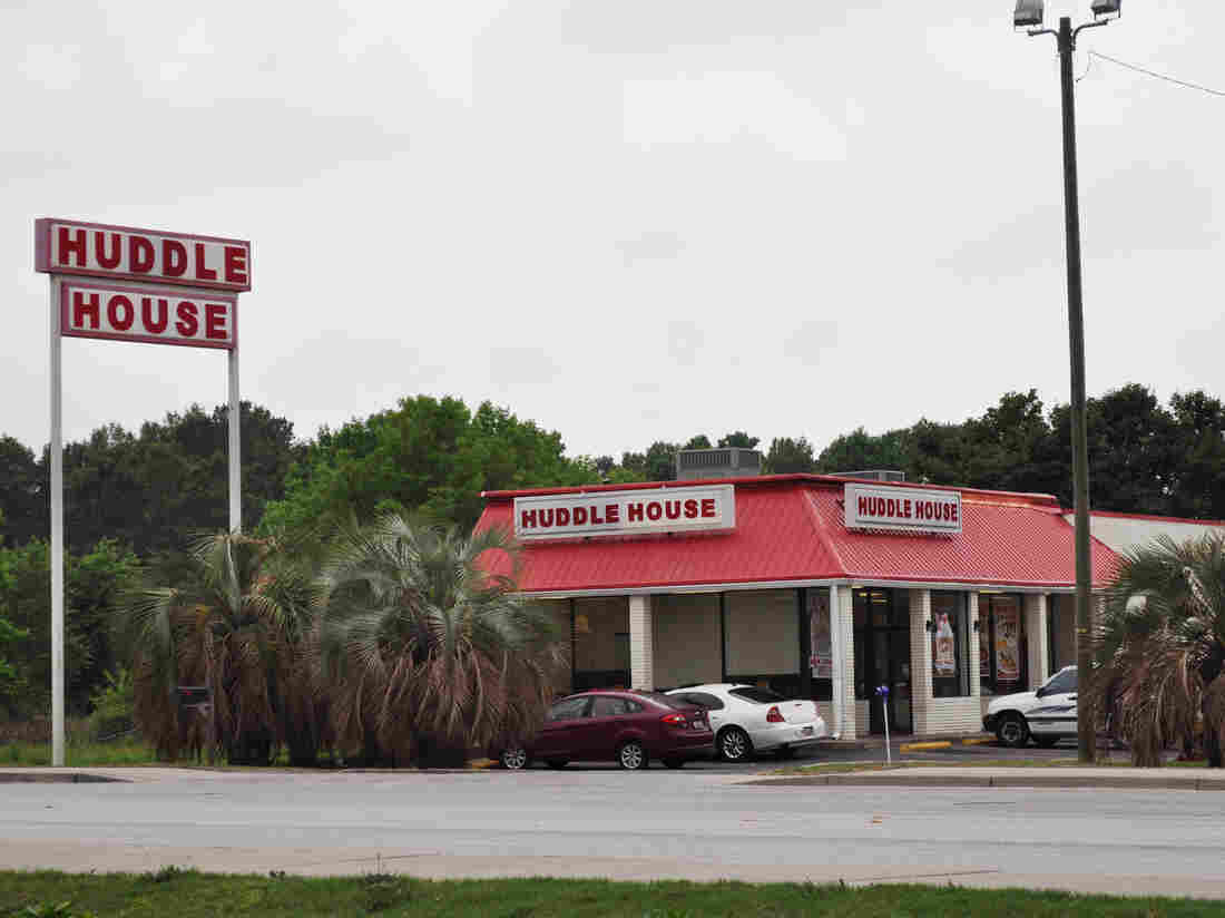A Huddle House in Hartsville, S.C.  Most of the Huddle House franchises are located in small towns, where restaurant options are very limited and comfort food rules.