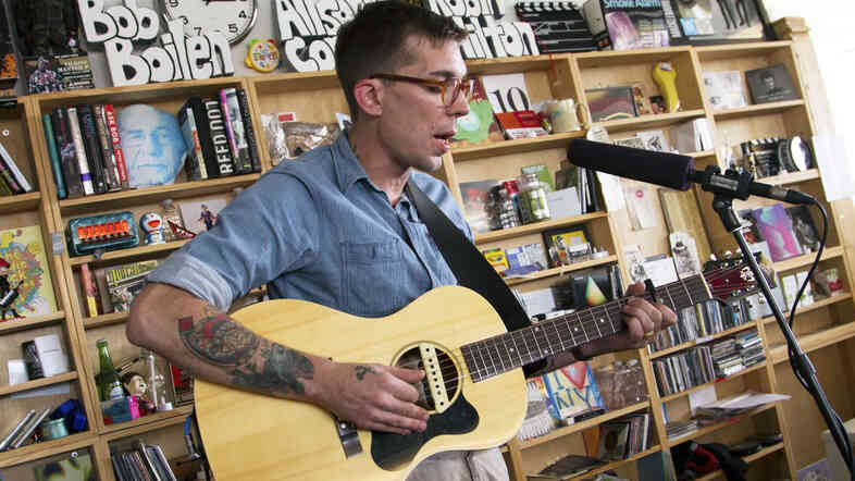 Justin Townes Earle performs a Tiny Desk Concert.