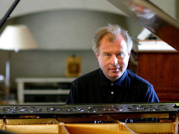 Pianist Andras Schiff.