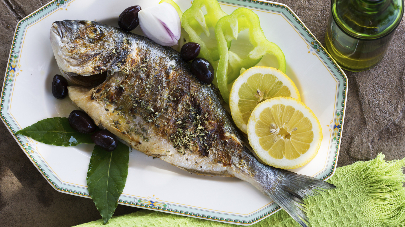Women who eat fish twice weekly cut their risk of hearing for Best fish to eat for health