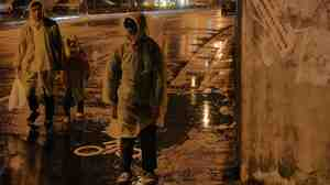 Stray Dogs, set in Taipei, examines a family's bleak experience.