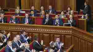 Ukraine Approves EU Pact And Temporary Self-Rule For Rebels