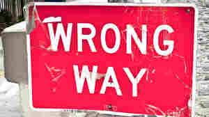 "Photo of a ""wrong way"" sign."
