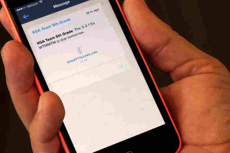 The Remind app enables teachers to send notes to a class en masse. Here, Michael Buist, a fifth-grade teacher in Chandler, Ariz., notifies parents and students about a reading assignment via a voice message.