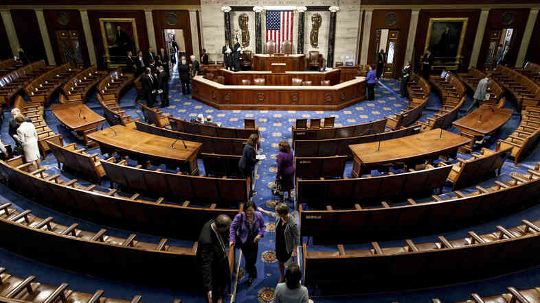 The chamber of the House of Representatives empties following a joint meeting of Congress with visiting Ukrainian President Petro Poroshenko on Sept. 18.