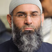 Muslim preacher Anjem Choudary is reportedly one of nine men arrested as part of an investigation in Britain into Islamist terrorism.