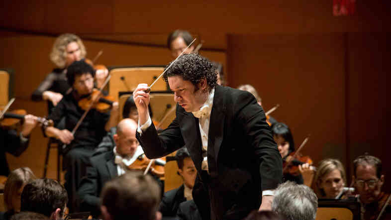 Conductor Gustavo Dudamel starts the Los Angeles Philharmonic season off with Mahler's Fifth Symphony and a new percussion concerto by David Lang.