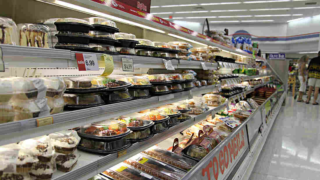 Ready-to-eat meals found in the prepared food aisle are a growing source of waste, as it is difficult to reuse meals that aren't sold but are fully cooked.