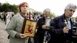 Reporter's Notebook: In Eastern Ukraine, A Bellicose Mood Prevails