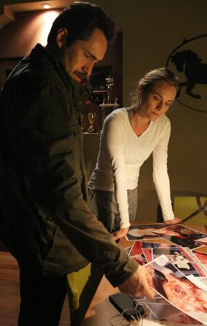 FX's 'The Bridge' Finds Authenticity In Spanish-Language Scenes