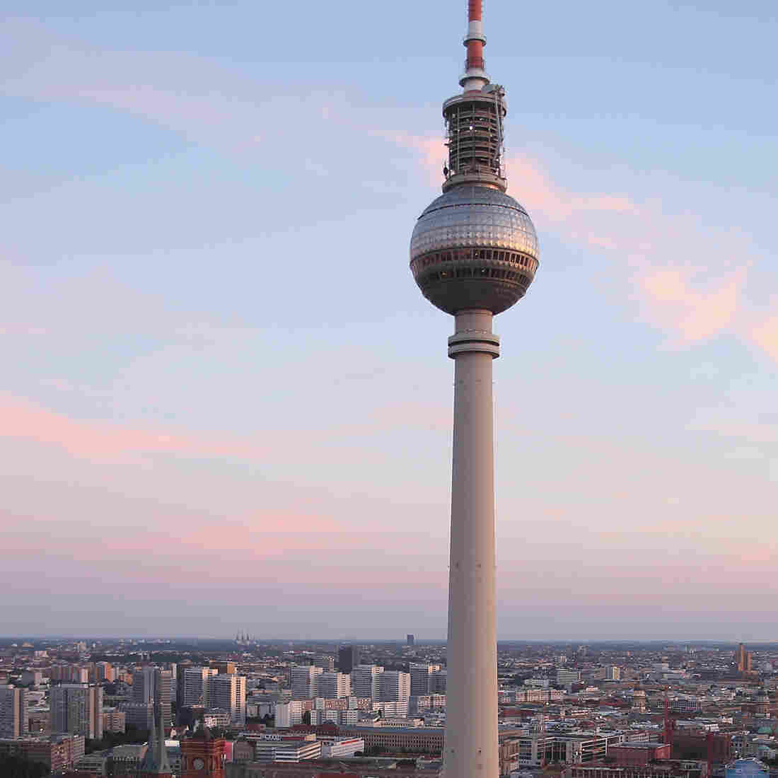 In Berlin, Remaking The City Can Rekindle Old Frictions