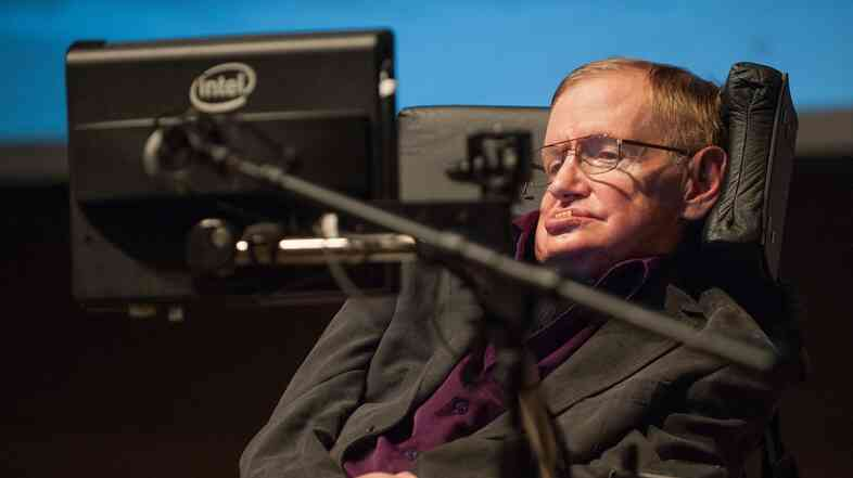 British cosmologist Stephen Hawking gives a talk to workers at Cedars-Sinai Medical Center in Los Angeles, in April 2013.