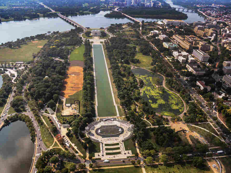 To see the National Portrait Gallery's Out of Many, One in its entirety, visitors must take to the air above the National Mall in Washington, D.C.