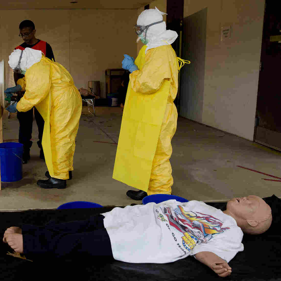 Lessons From Ebola School: How To Draw Blood, Wipe Up Vomit