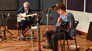 Sam Amidon (right) & Bill Frisell.