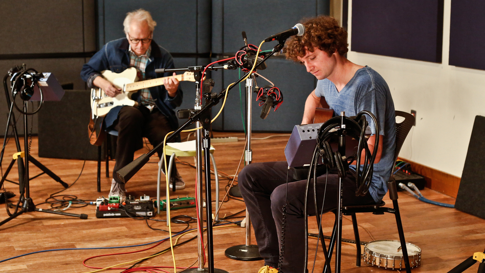 Sam Amidon (right) & Bill Frisell. (XPN)