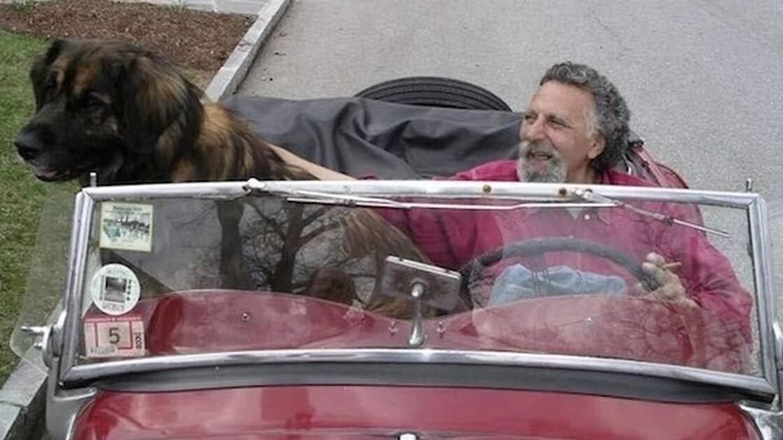 Tom Magliozzi's laugh boomed in NPR listeners' ears every week as he and his brother, Ray, bantered on Car Talk.
