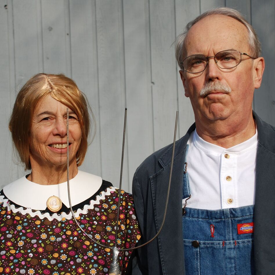 Daniel Ziembo And His Art History Teaching Wife Nancy W Cook Usually Coordinate Their Retooled Halloween Costumes They Live In Lake Villa Ill