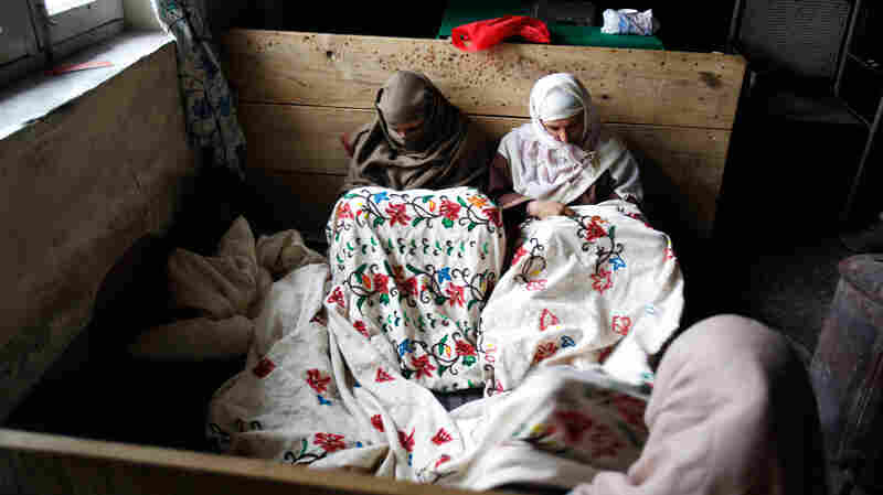 TB patients in India embroider curtains while they undergo treatment. India saw 1.2 million new cases of the infectious disease last year.