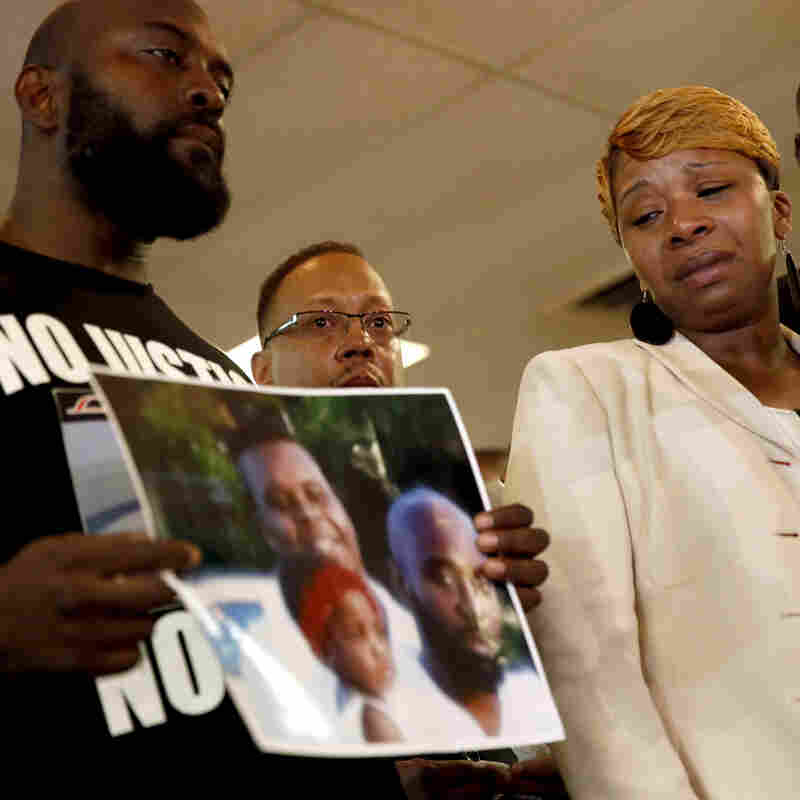 New Autopsy Report Suggests Michael Brown Was Shot At Close Range