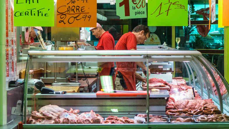 You don't have to travel to Paris to savor chef Steven Raichlen's French Bistro Brisket.