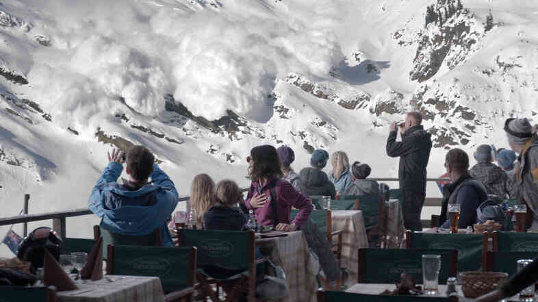 A 'controlled avalanche' gets out of control in Force Majeure.
