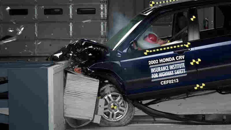 The 2002 Honda CR-V is one of dozens of car models subject to a recall for faulty air bags. The air bag manufacturer, Takata, supplies bags for more than 30 percent of all cars and is one of only three large air bag suppliers.