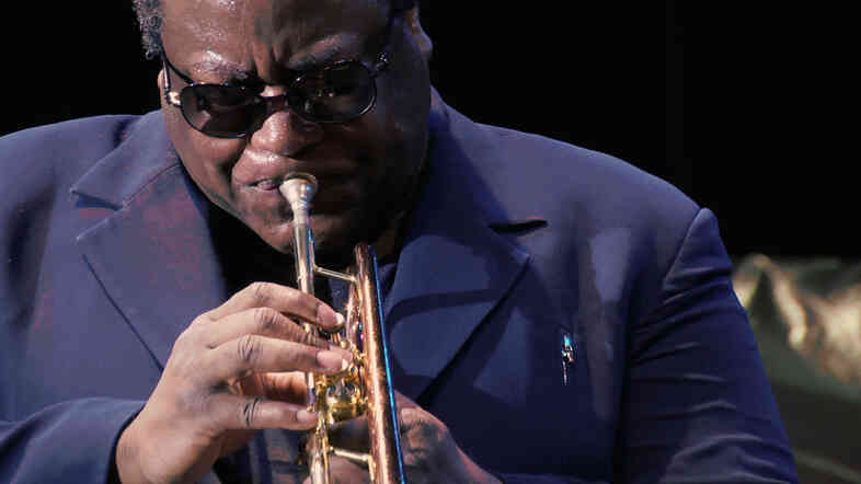 Wallace Roney performs at the Detroit Jazz Festival.