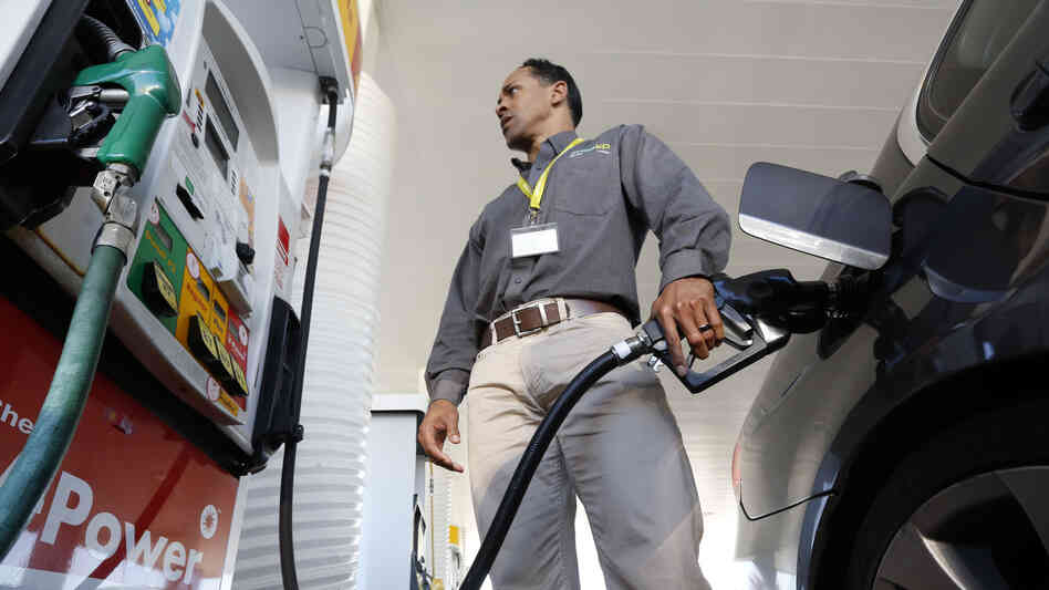 Gas prices below $3 per gallon add up to big savings for consumers.