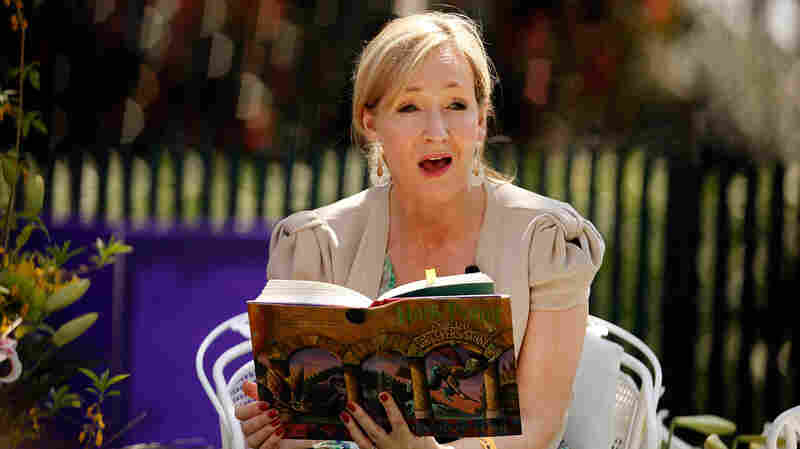 J.K. Rowling reads to children at the 2010 White House Egg Roll. According to a new e
