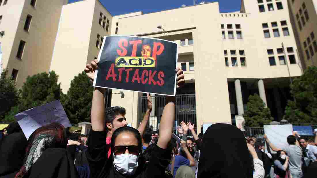 """Iranians protest in Isfahan, Iran, last month in solidarity with women injured in a series of acid attacks. Several women have been attacked by assailants on motorcycles who threw acid on their faces, purportedly because they were """"badly veiled."""""""