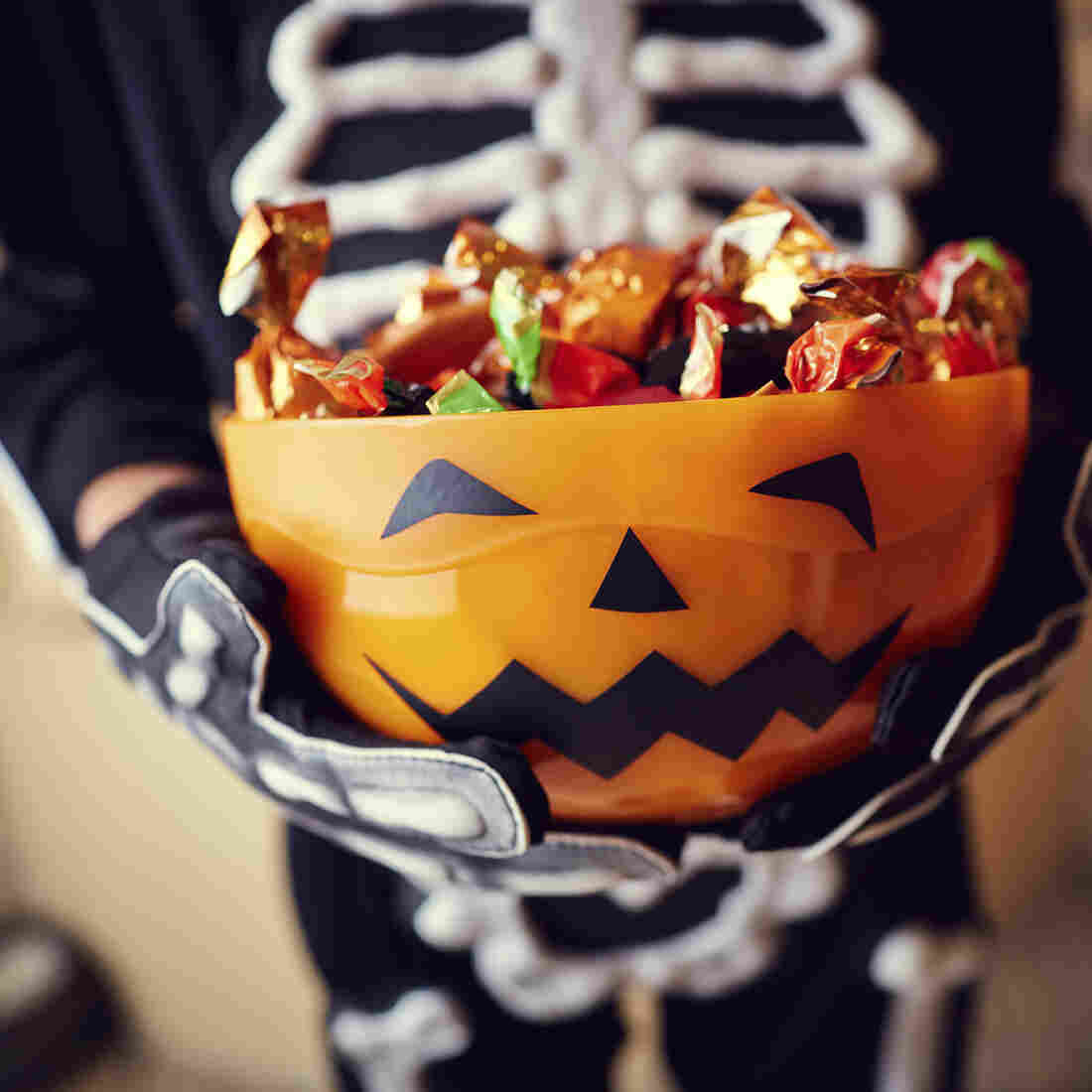 How To Wean Your Kids Off Halloween Candy: Cold, Hard Cash