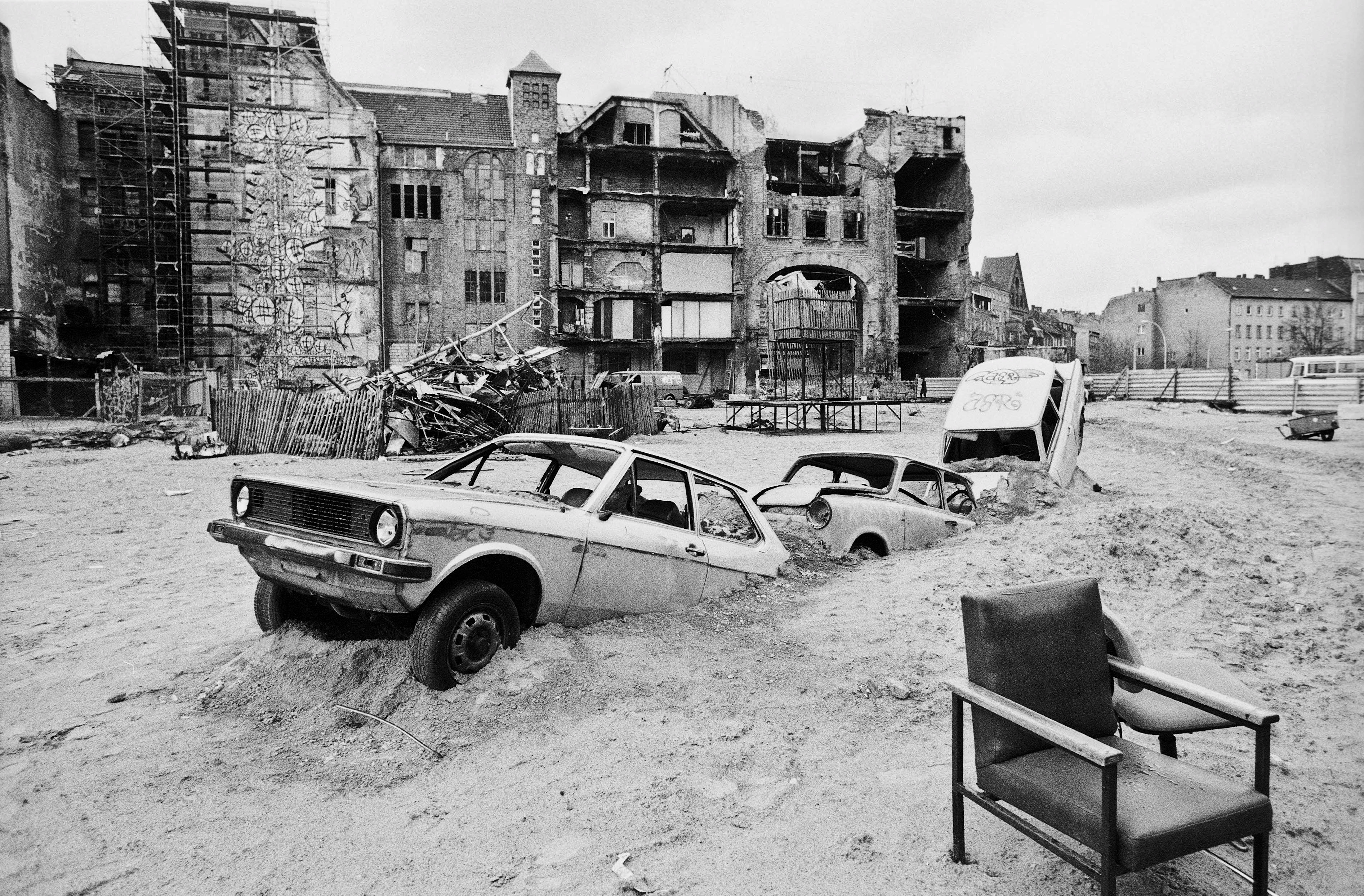 In Berlin, A Beat That Bloomed From Rubble
