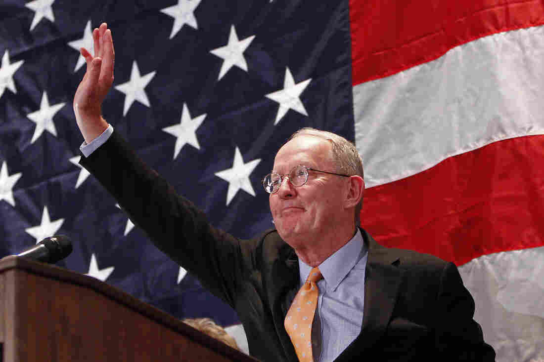 Sen. Lamar Alexander, R-Tenn., waves after speaking to supporters on Nov. 4 in Knoxville.