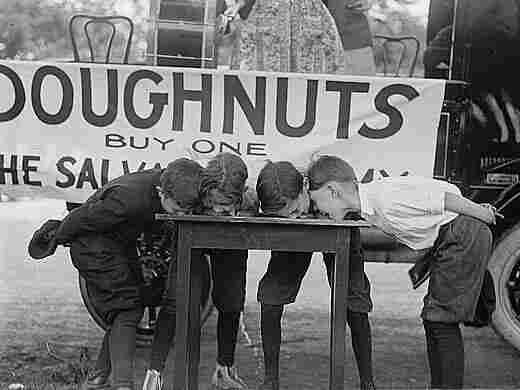 Doughnut eating contest, 1922.