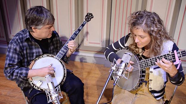 Béla Fleck and Abigail Washburn perform live on WKSU's Folk Alley. (Folk Alley)