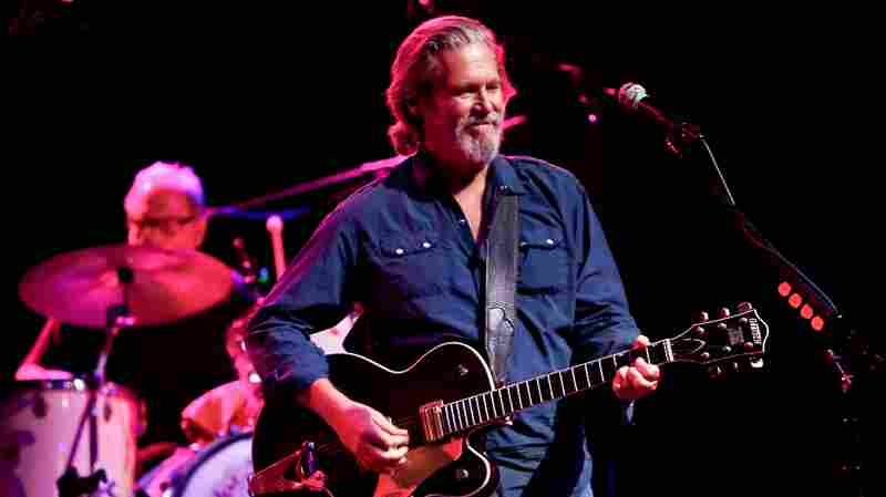 Jeff Bridges and his band The Abiders perform in concert at the Paramount in Huntington, N.Y.