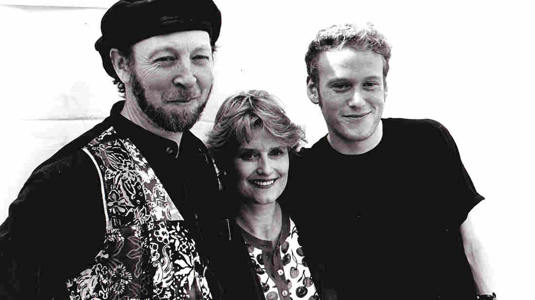 The group Thompson includes folk musicians Richard and Linda Thompson and their son Teddy, along with other members of their extended family.