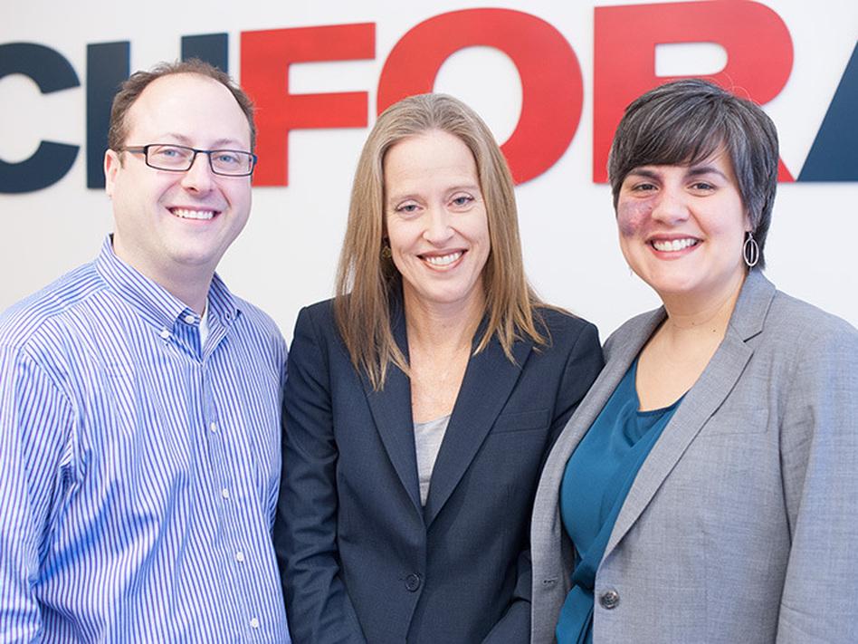 TFA at 25 years (from left): Matt Kramer, current co-CEO; Wendy Kopp, founder; Elisa Villanueva Beard, current co-CEO. (Courtesy of TFA)