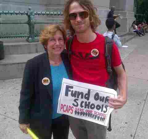 Jay Saper (right) with American Federation of Teachers President Randi Weingarten in September 2013.