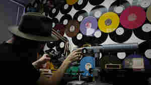 Vinyl, Once Thought Dead, Makes A Comeback In The Digital Age