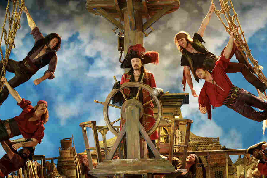 In Peter Pan Live, Christopher Walken plays Captain Hook. David Bianculli says Walken has credibility that should draw people to the live telecast on Thursday.