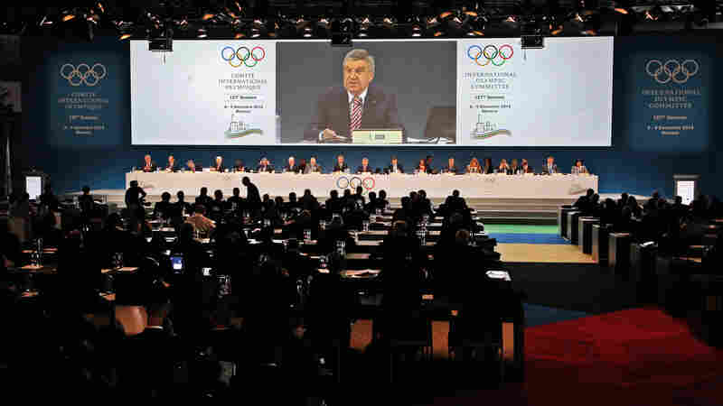 IOC President Thomas Bach delivers a speech at the start of the 127th International Olympic Committee session in Monaco on Monday.