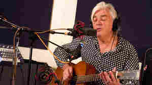 Robyn Hitchcock On World Cafe