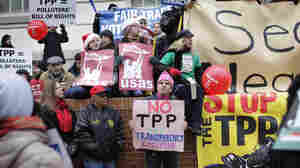 Some Liberals And Tea Partiers Unite To Oppose Trade Deals