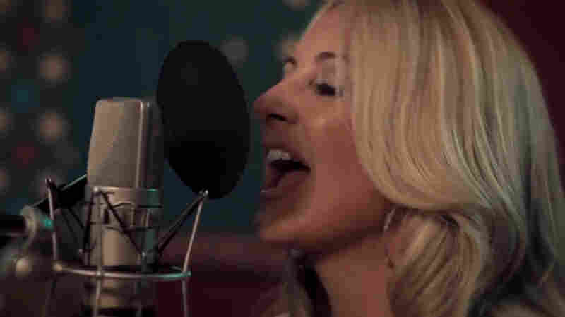 "Lee Ann Womack, 'The Way I'm Livin"" (Live)"